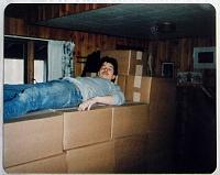 Нажмите на изображение для увеличения Название: Kevin on boxes of TMNT #2's.jpg Просмотров: 6 Размер:207,0 Кб ID:66780
